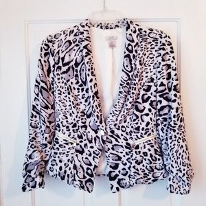 Cache Crop Jacket Ruched Sleeved Animal Print